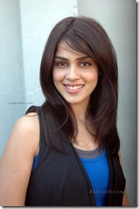 Top-10-Bollywood-Actress-Genelia-Dsouza1-625x941