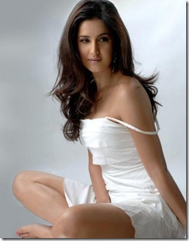 Top-10-Bollywood-Actress-katrina-kaif-625x800